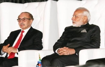 Prime Minister Shri Narendra Modi along with South African President Mr. Jacob Zuma at the India-South Africa Business Meet at Pretoria on 8/7/2016