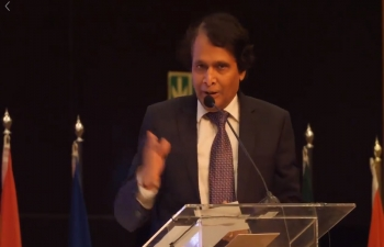 Speech of Minister Suresh Prabhu at the Opening Plenary of the India South Africa Business Summit at the Sandton Convention Centre, Johannesburg on 30 April 2018.
