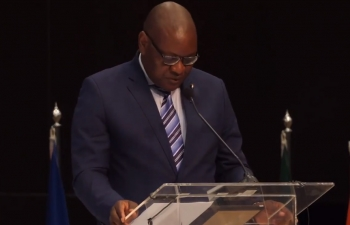 Speech of Premier David Makhura at the Opening Plenary of the India South Africa Business Summit at the Sandton Convention Centre, Johannesburg on 30 April 2018.
